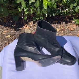 Nine West black boots size 7.5